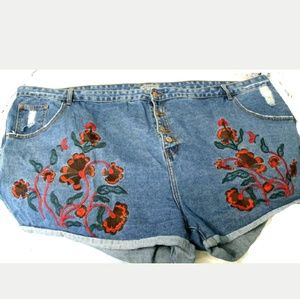 Women's sz 28 Alice and You Distressed Jean Shorts